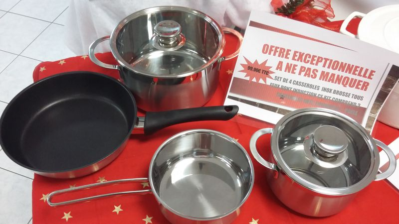 LOT DE 4 CASSEROLES TOUS FEUX DONT INDUCTIONA 99,90 €